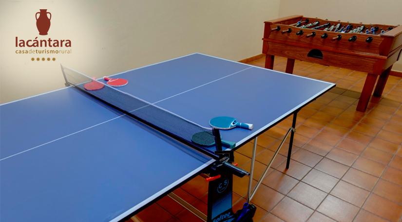 sala juegos ping pong futbolin